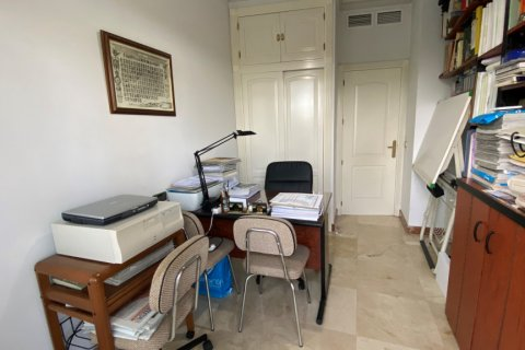 Apartment for sale in Malaga, Spain, 3 bedrooms, 135.00m2, No. 2285 – photo 14