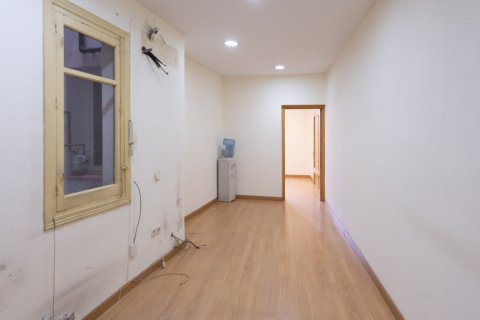 Apartment for sale in Madrid, Spain, 3 bedrooms, 120.00m2, No. 2439 – photo 6