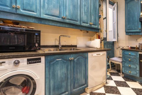 Apartment for sale in Madrid, Spain, 3 bedrooms, 166.00m2, No. 2286 – photo 10