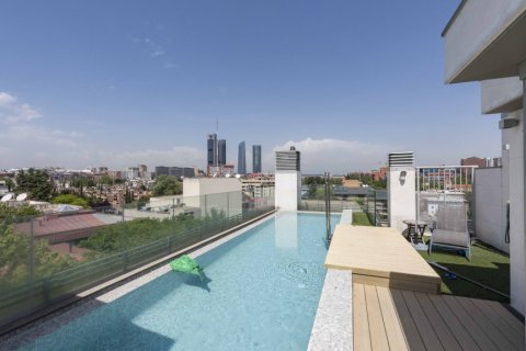 Penthouse for sale in Madrid, Spain, 4 bedrooms, 437.00m2, No. 1528 – photo 1