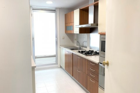 Apartment for rent in Madrid, Spain, 4 bedrooms, 180.00m2, No. 1843 – photo 9