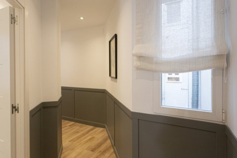 Apartment for sale in Madrid, Spain, 3 bedrooms, 142.00m2, No. 2689 – photo 10