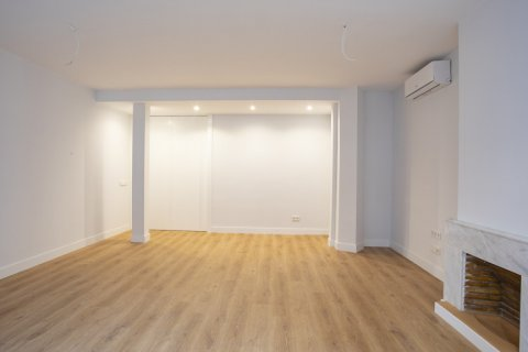 Apartment for sale in Madrid, Spain, 3 bedrooms, 136.00m2, No. 2007 – photo 4