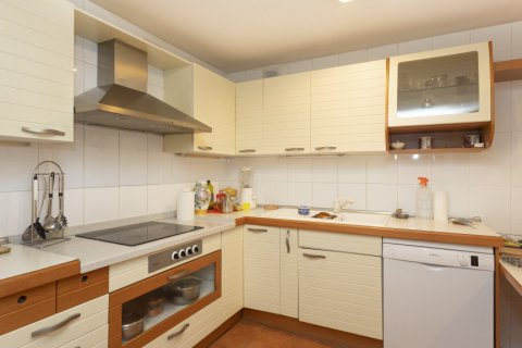 Apartment for sale in Madrid, Spain, 5 bedrooms, 322.00m2, No. 2584 – photo 14