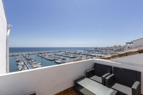 Penthouse for sale in Marbella, Malaga, Spain, 2 bedrooms, 143.88m2, No. 2290 – photo 9