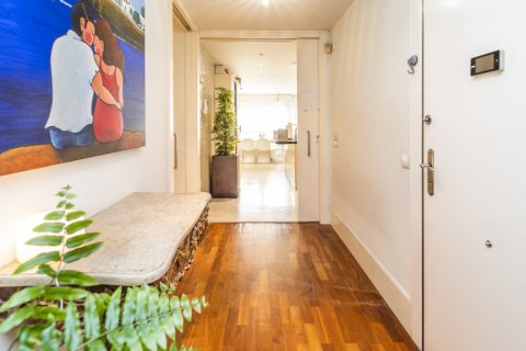 Apartment for sale in Madrid, Spain, 4 bedrooms, 200.00m2, No. 2162 – photo 26