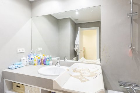 Apartment for sale in Madrid, Spain, 4 bedrooms, 330.00m2, No. 2353 – photo 22
