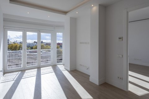 Apartment for sale in Madrid, Spain, 2 bedrooms, 116.00m2, No. 1908 – photo 6