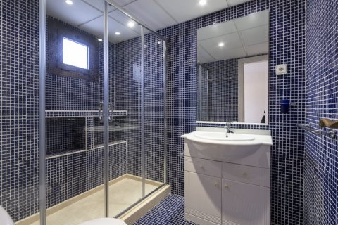 Penthouse for sale in Marbella, Malaga, Spain, 2 bedrooms, 135.73m2, No. 2019 – photo 14