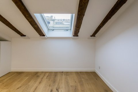 Duplex for sale in Madrid, Spain, 2 bedrooms, 125.00m2, No. 1549 – photo 12