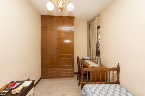 Apartment for sale in Madrid, Spain, 3 bedrooms, 90.00m2, No. 2414 – photo 13