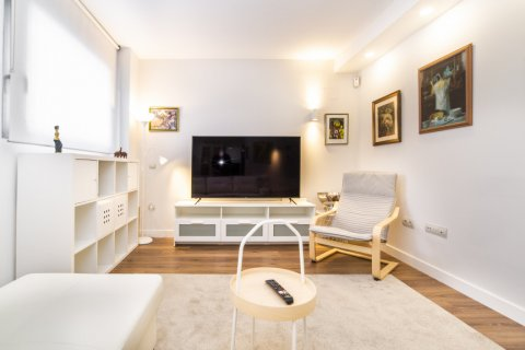 Apartment for sale in Madrid, Spain, 3 bedrooms, 150.00m2, No. 2538 – photo 5