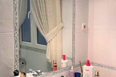 Apartment for rent in Espana, Madrid, Spain, 3 bedrooms, 180.00m2, No. 1639 – photo 22