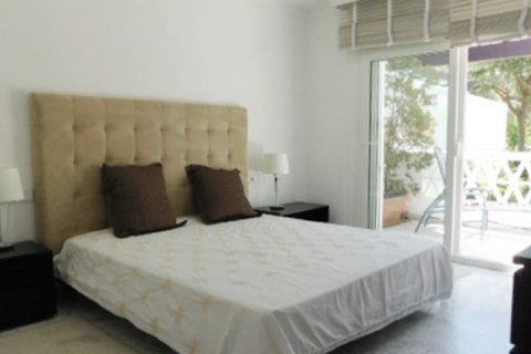 Apartment for rent in Marbella, Malaga, Spain, 3 bedrooms, 220.00m2, No. 1667 – photo 2
