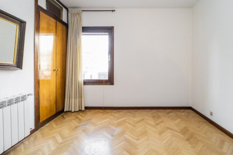 Apartment for sale in Madrid, Spain, 1 bedroom, 50.00m2, No. 2636 – photo 13