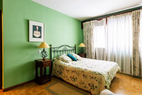 Apartment for sale in Madrid, Spain, 6 bedrooms, 355.00m2, No. 2376 – photo 21