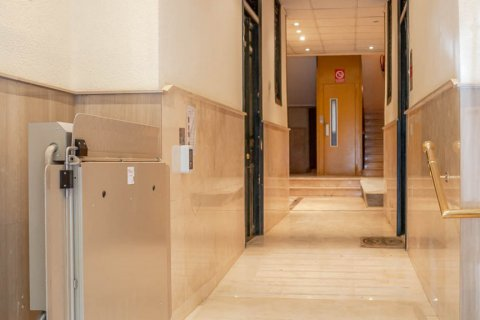 Apartment for sale in Madrid, Spain, 2 bedrooms, 52.00m2, No. 2298 – photo 14