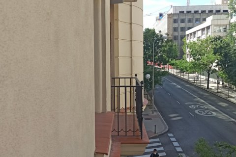 Apartment for rent in Madrid, Spain, 12 bedrooms, 400.00m2, No. 2350 – photo 22