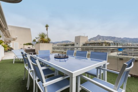 Penthouse for sale in Marbella, Malaga, Spain, 3 bedrooms, 172.74m2, No. 2165 – photo 18