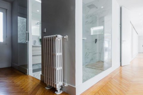 Apartment for rent in Madrid, Spain, 4 bedrooms, 348.00m2, No. 2010 – photo 7
