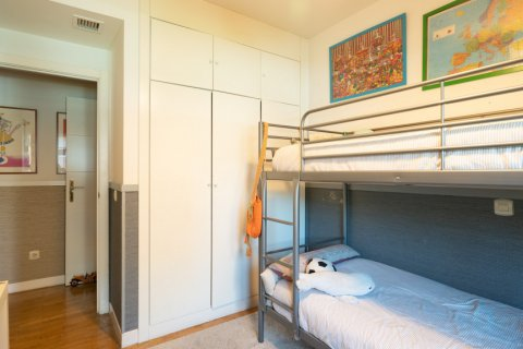Apartment for sale in Madrid, Spain, 4 bedrooms, 171.00m2, No. 2442 – photo 20