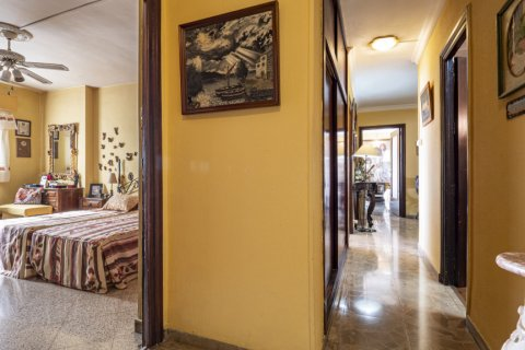 Apartment for sale in Malaga, Spain, 6 bedrooms, 210.00m2, No. 2340 – photo 19