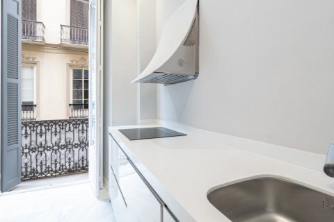 Apartment for sale in Malaga, Spain, 3 bedrooms, 113.00m2, No. 2080 – photo 5