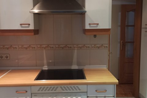 Apartment for rent in Getafe, Madrid, Spain, 3 bedrooms, 105.00m2, No. 2349 – photo 24