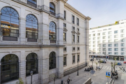 Apartment for sale in Madrid, Spain, 5 bedrooms, 133.00m2, No. 2686 – photo 30