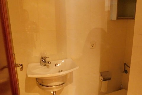 Apartment for rent in Madrid, Spain, 2 bedrooms, 100.00m2, No. 1554 – photo 2