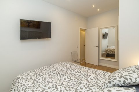 Apartment for sale in Madrid, Spain, 2 bedrooms, 57.00m2, No. 2498 – photo 24