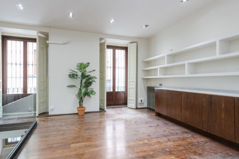 Apartment for sale in Madrid, Spain, 2 bedrooms, 234.00m2, No. 1985 – photo 6