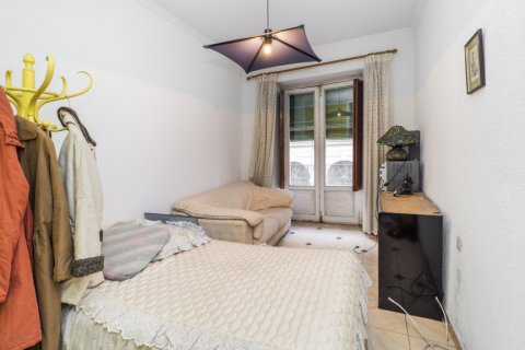 Apartment for sale in Madrid, Spain, 5 bedrooms, 133.00m2, No. 2686 – photo 5