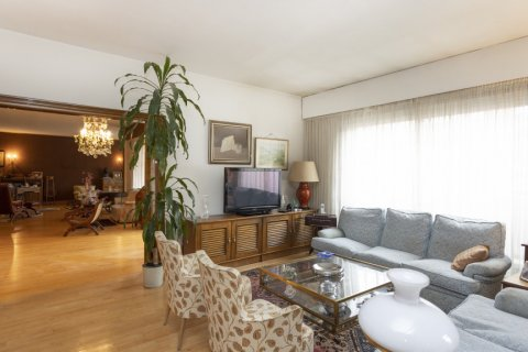 Apartment for sale in Madrid, Spain, 5 bedrooms, 322.00m2, No. 2584 – photo 2