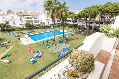 Penthouse for sale in Atalaya-Isdabe, Malaga, Spain, 2 bedrooms, 130.00m2, No. 1903 – photo 1