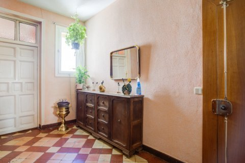 Apartment for sale in Madrid, Spain, 6 bedrooms, 219.00m2, No. 2357 – photo 10