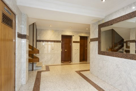 Apartment for sale in Madrid, Spain, 2 bedrooms, 64.00m2, No. 2641 – photo 27