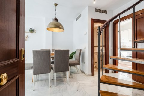 Duplex for sale in Malaga, Spain, 2 bedrooms, 135.00m2, No. 2715 – photo 5