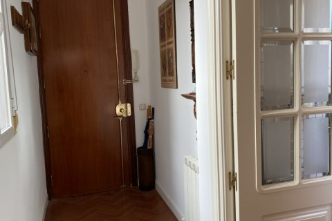 Apartment for rent in Madrid, Spain, 2 bedrooms, 65.00m2, No. 2066 – photo 2