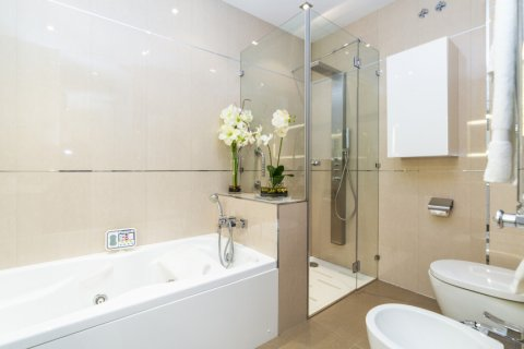 Apartment for sale in Madrid, Spain, 3 bedrooms, 322.00m2, No. 2564 – photo 24