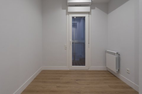 Apartment for sale in Madrid, Spain, 3 bedrooms, 136.00m2, No. 2007 – photo 19