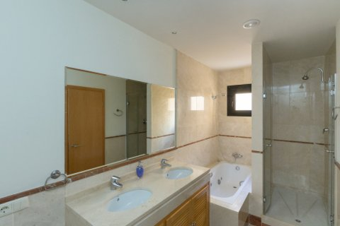 Penthouse for rent in Puerto Banus, Malaga, Spain, 4 bedrooms, 695.00m2, No. 1949 – photo 24