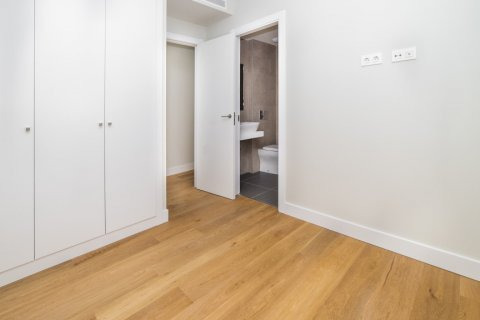 Apartment for sale in Madrid, Spain, 3 bedrooms, 189.00m2, No. 2603 – photo 6