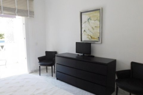 Apartment for rent in Marbella, Malaga, Spain, 3 bedrooms, 220.00m2, No. 1667 – photo 6