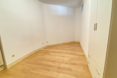 Apartment for rent in Madrid, Spain, 4 bedrooms, 150.00m2, No. 2728 – photo 17