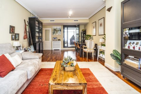 Apartment for sale in Madrid, Spain, 3 bedrooms, 132.00m2, No. 1694 – photo 12