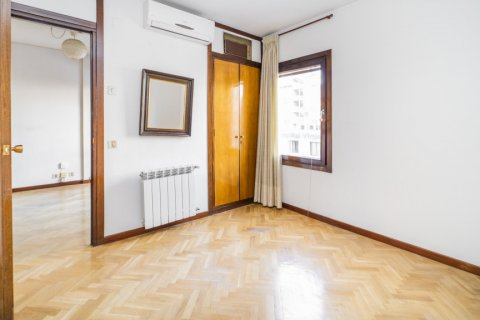 Apartment for sale in Madrid, Spain, 1 bedroom, 50.00m2, No. 2636 – photo 12