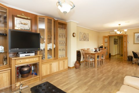Apartment for sale in Getafe, Madrid, Spain, 4 bedrooms, 242.00m2, No. 2480 – photo 6