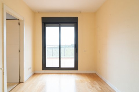 Penthouse for sale in Madrid, Spain, 3 bedrooms, 126.00m2, No. 2556 – photo 22