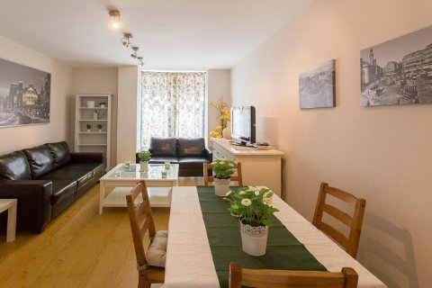 Apartment for rent in Madrid, Spain, 2 bedrooms, 94.00m2, No. 2216 – photo 1